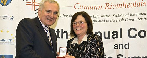 Jane Grimson receives 2007 O'Moore Medal